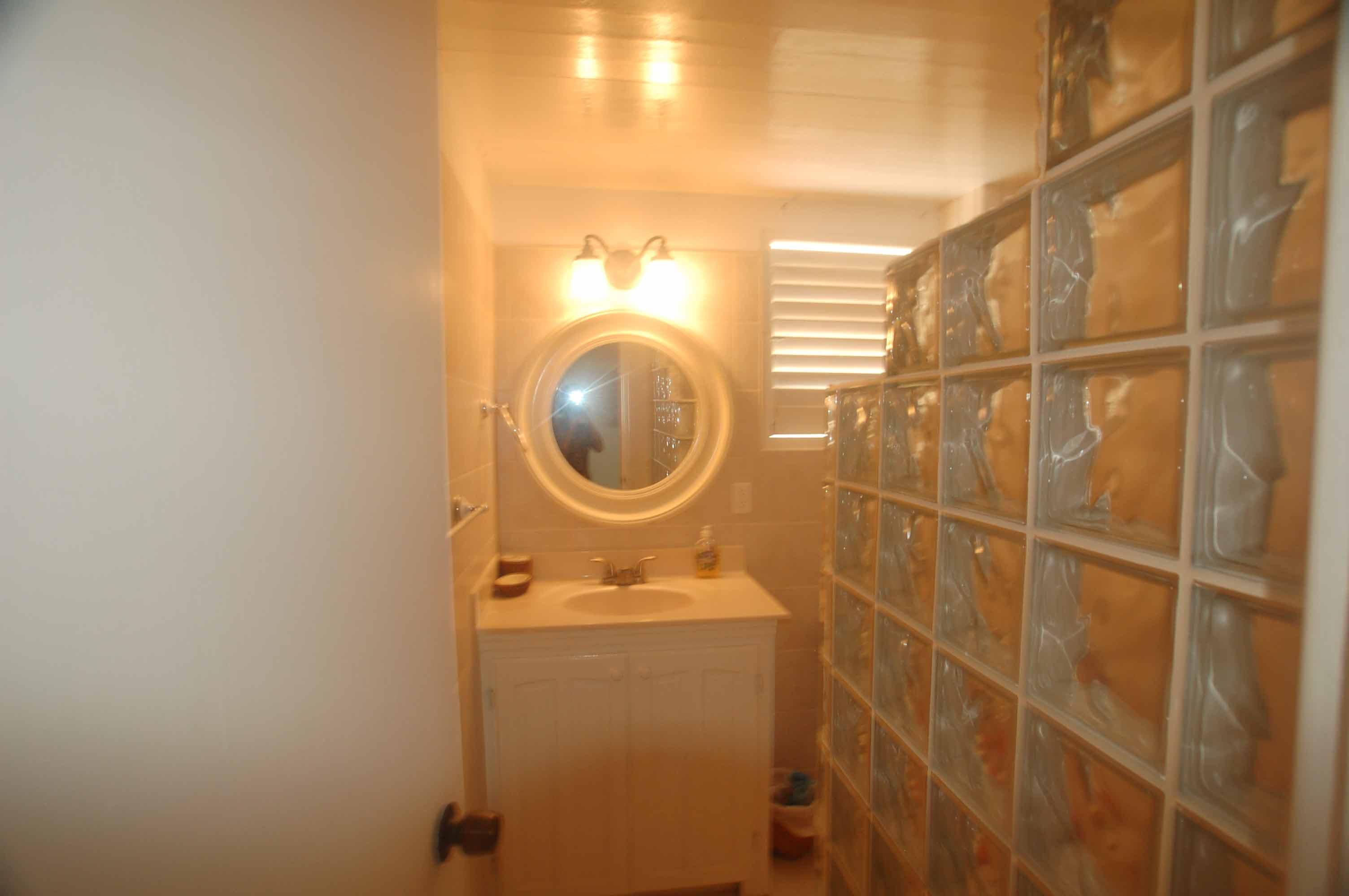 Apartment#2-Bathroom