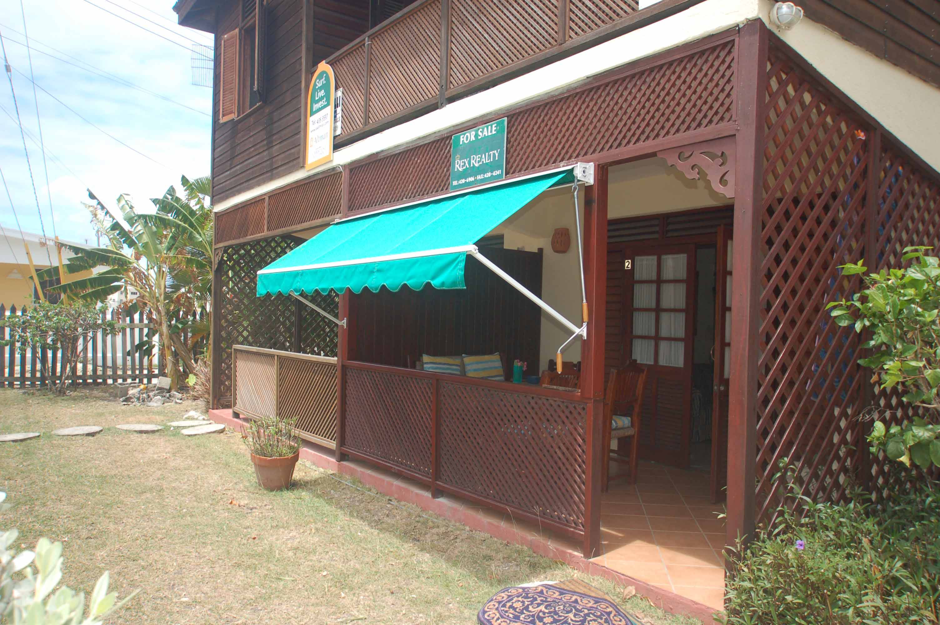 Ext-with-awning